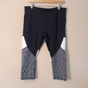 Gapfit Gfast Workout Capri Like New Worn Once